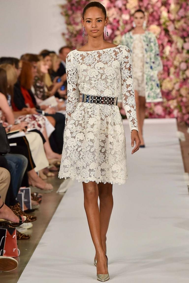 Кружевное платье: 20 советов, как не выглядеть откровенно и вульгарно