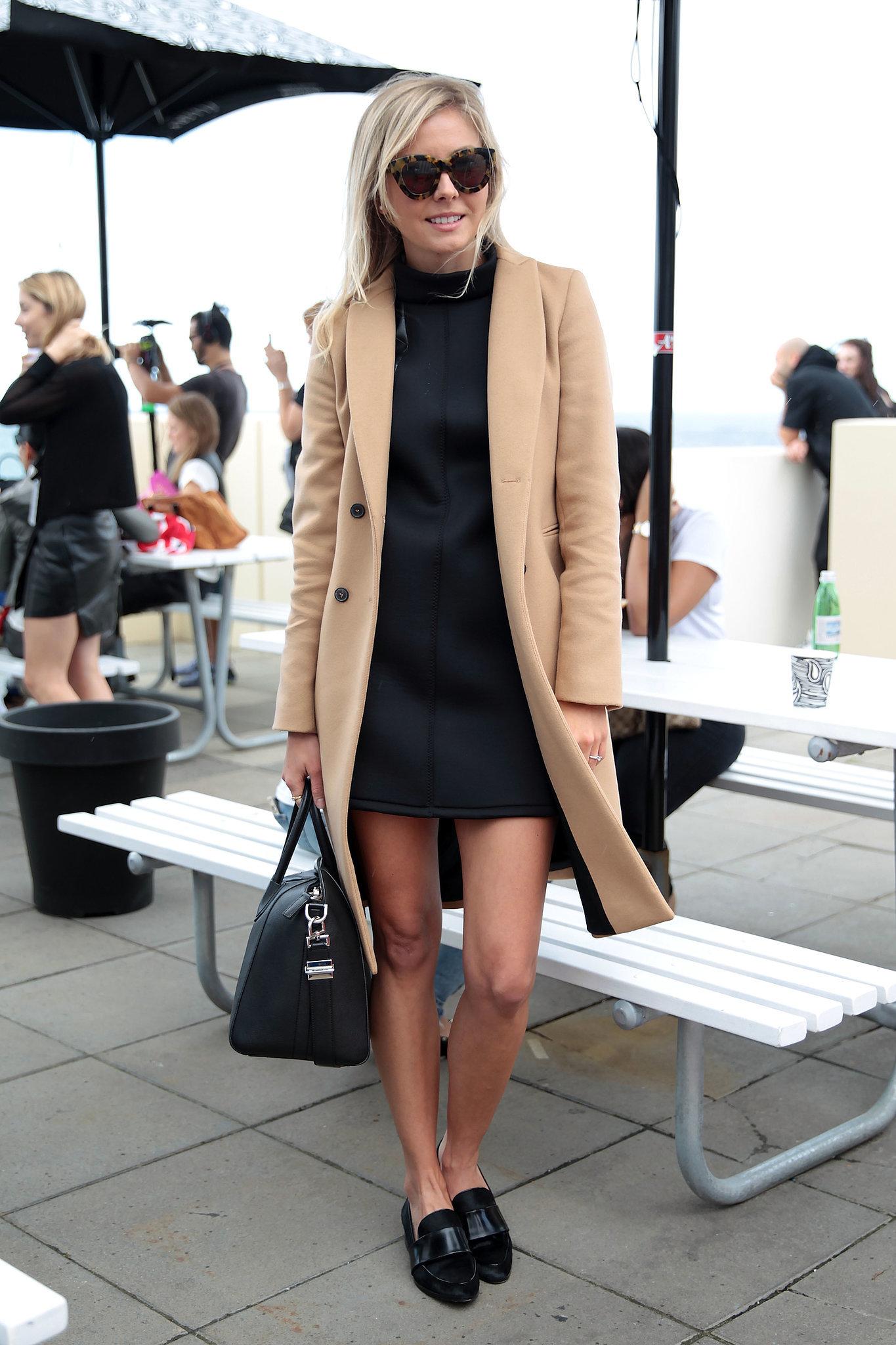 Лоферы с пальто – фото новинки сезона