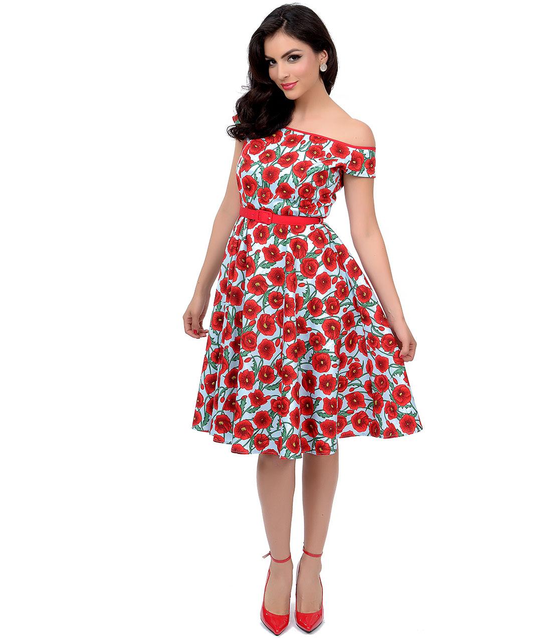 На фото: яркое с цветочным принтом платье цветок с юбкой - полусонцем.