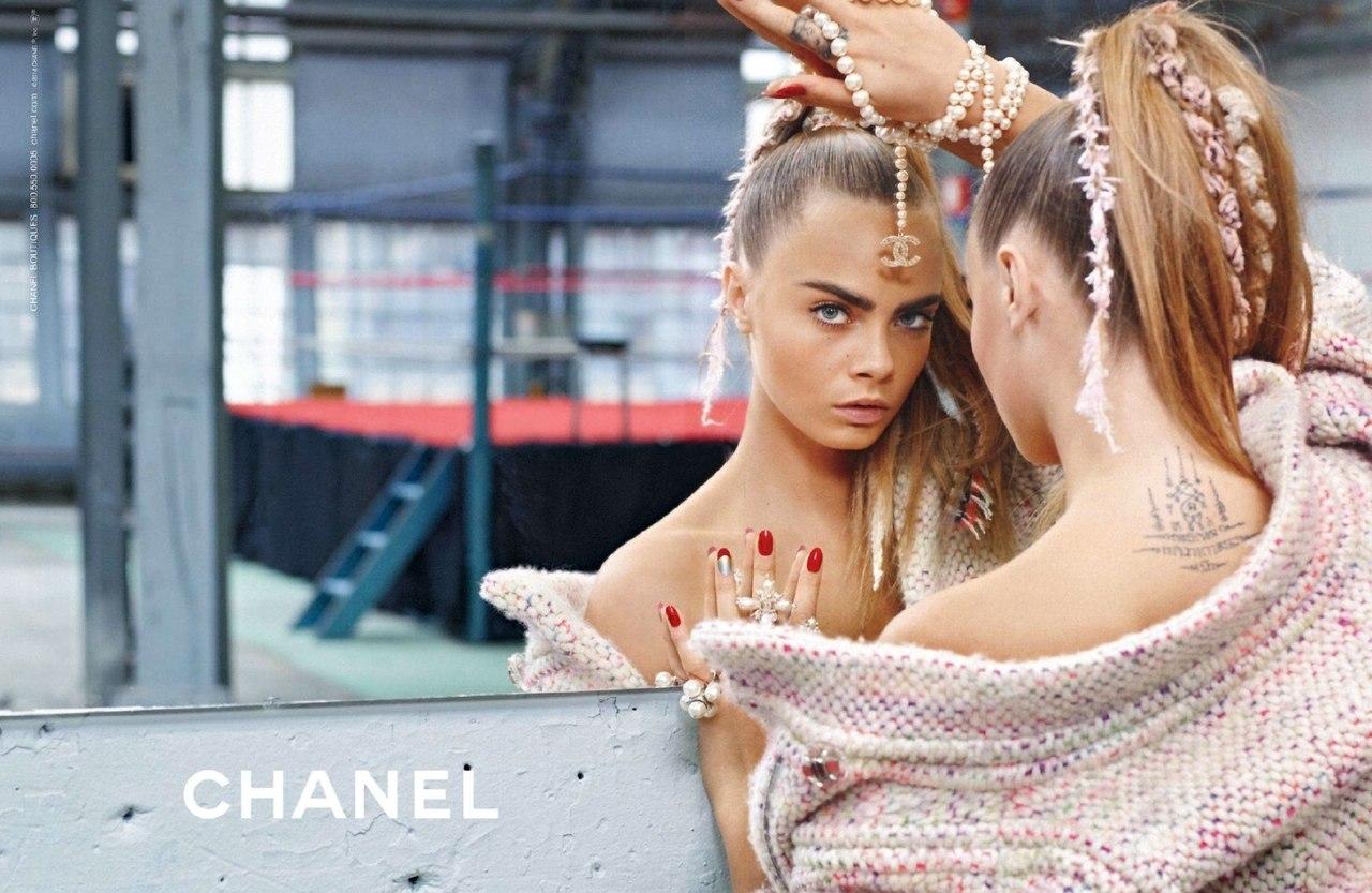 Аксессуары в стиле Шанель