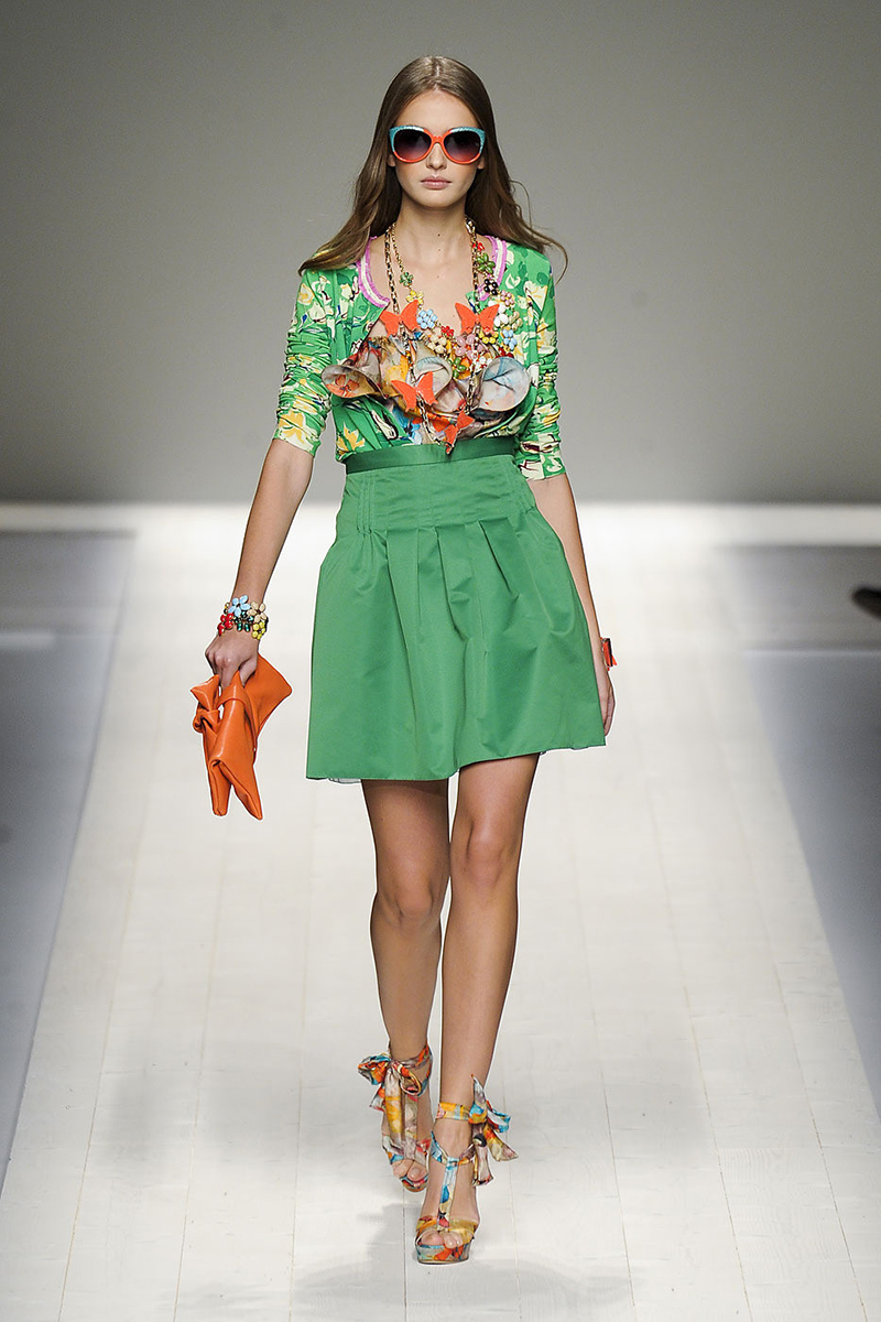 Зеленая юбка солнце - фото новинки сезона