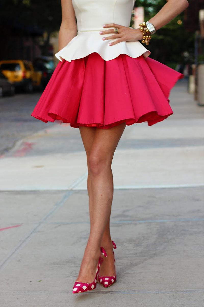 Розовая пышная юбка солнце
