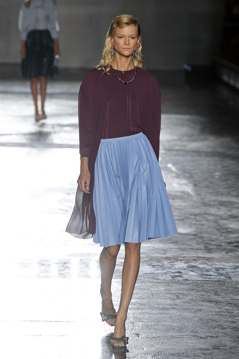 Голубая юбка солнце - фото новинка сезона