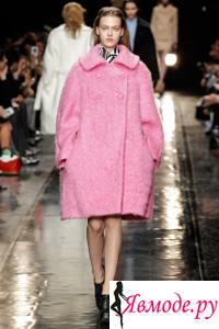В 2013-2014 годах в моде пальто различных стилей: от ретро до модерна, от классики до оригинальных моделей.