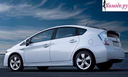 Самый надежный автомобиль – 1 место – Toyota Prius (Тойота Приус)