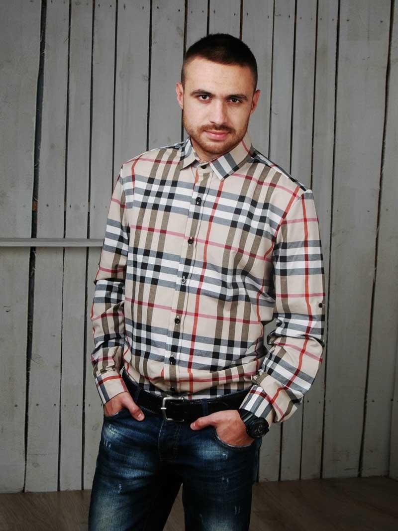 Фото: мужская рубашка в клетку Burberry