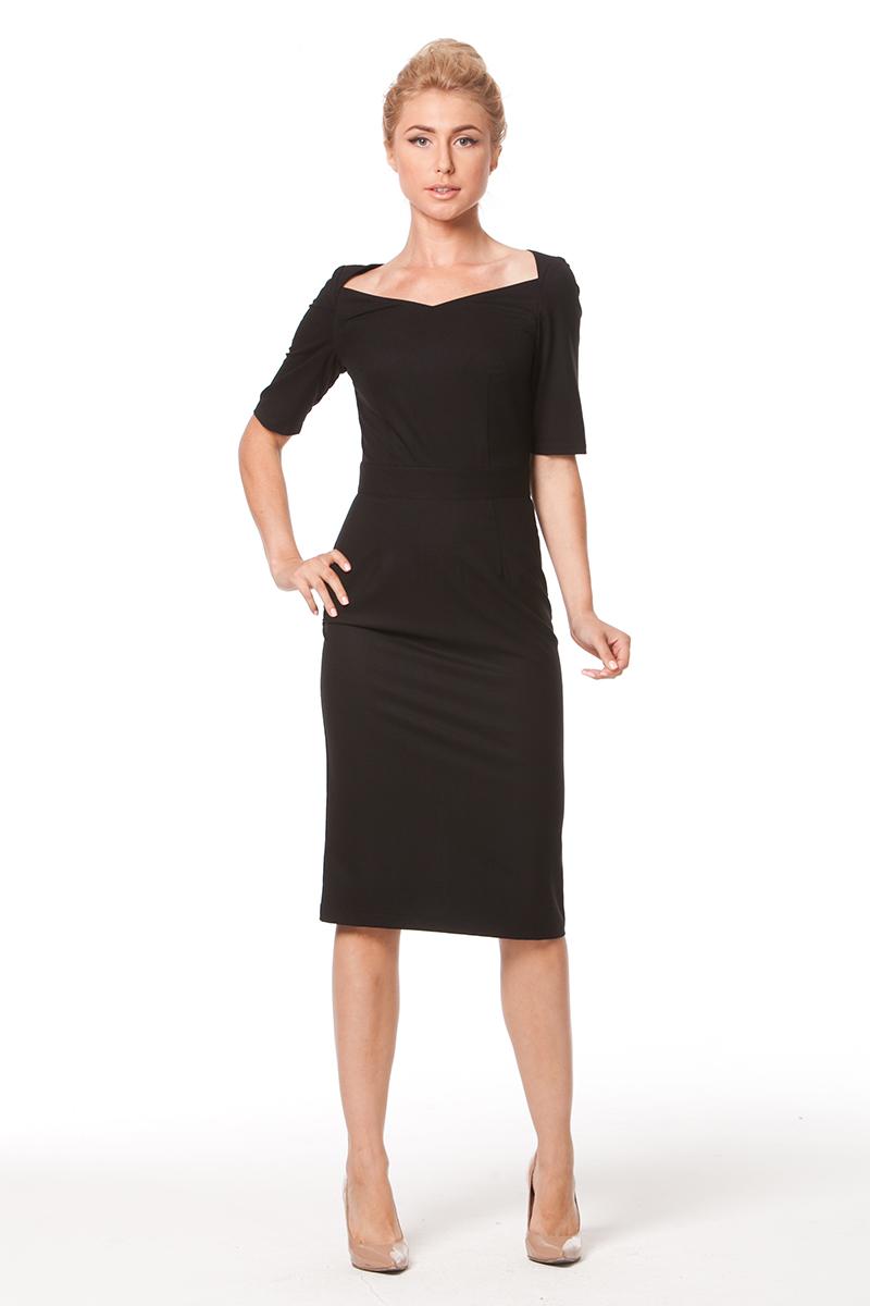Фото: платье футляр с рукавами