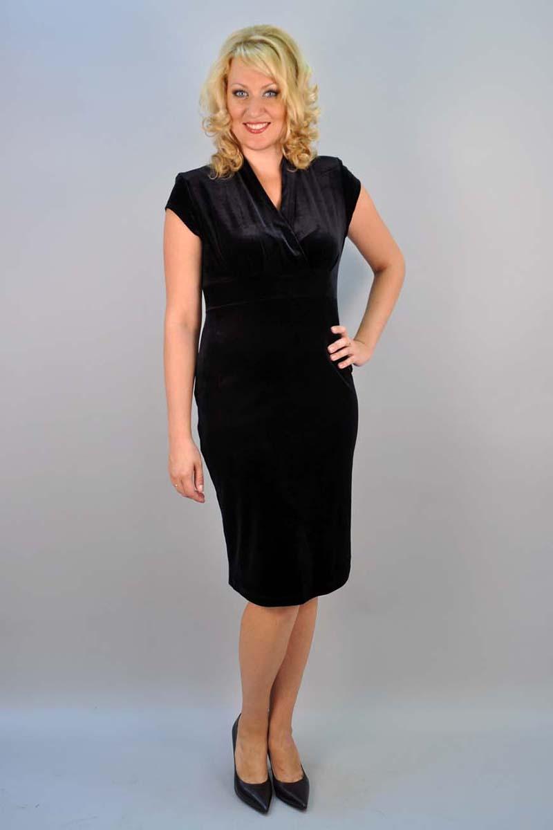 Строгое чёрное платье для полных