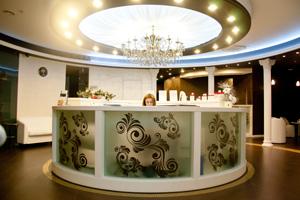 Центр Косметологии и СПА «Территория» рассказывает о процедурах омоложения на модном портале Явмоде.ру