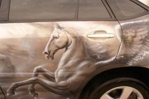 Аэрография на авто: рисунки животных (фото)