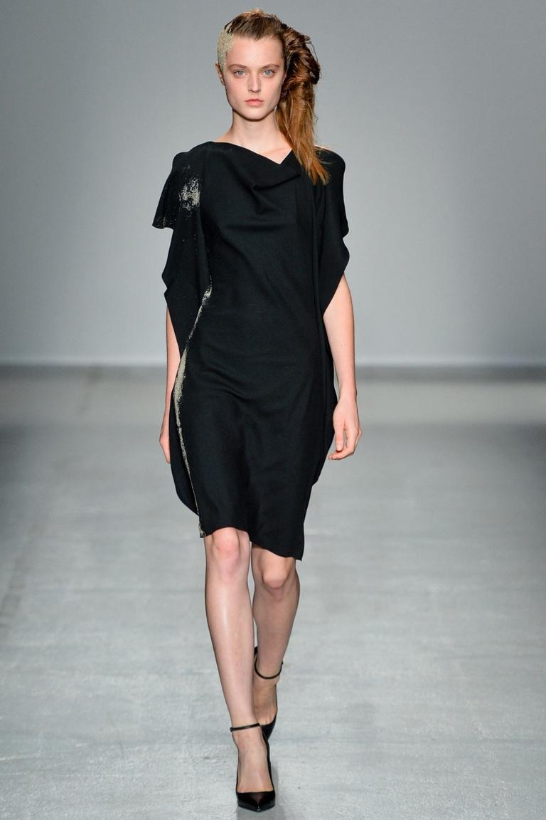 Модное маленькое черное платье — A.F. Vandevorst весна-лето