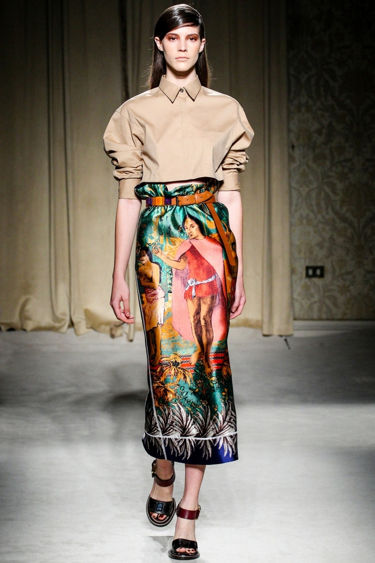 Фото — модная длинная цветная юбка Aquilano.Rimondi в виде фрески