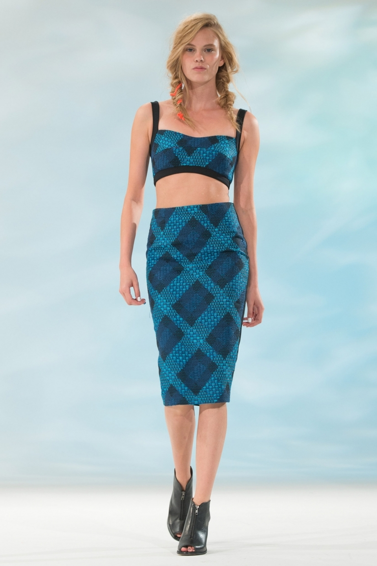 Модная юбка - фото новинка от Calla — юбка в крупную клетку.