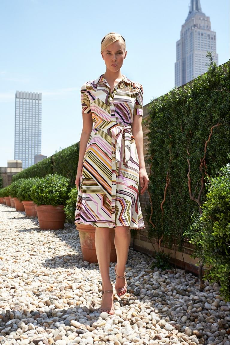 Платье с геометрическим принтом – фото новинка от Carolina Herrera