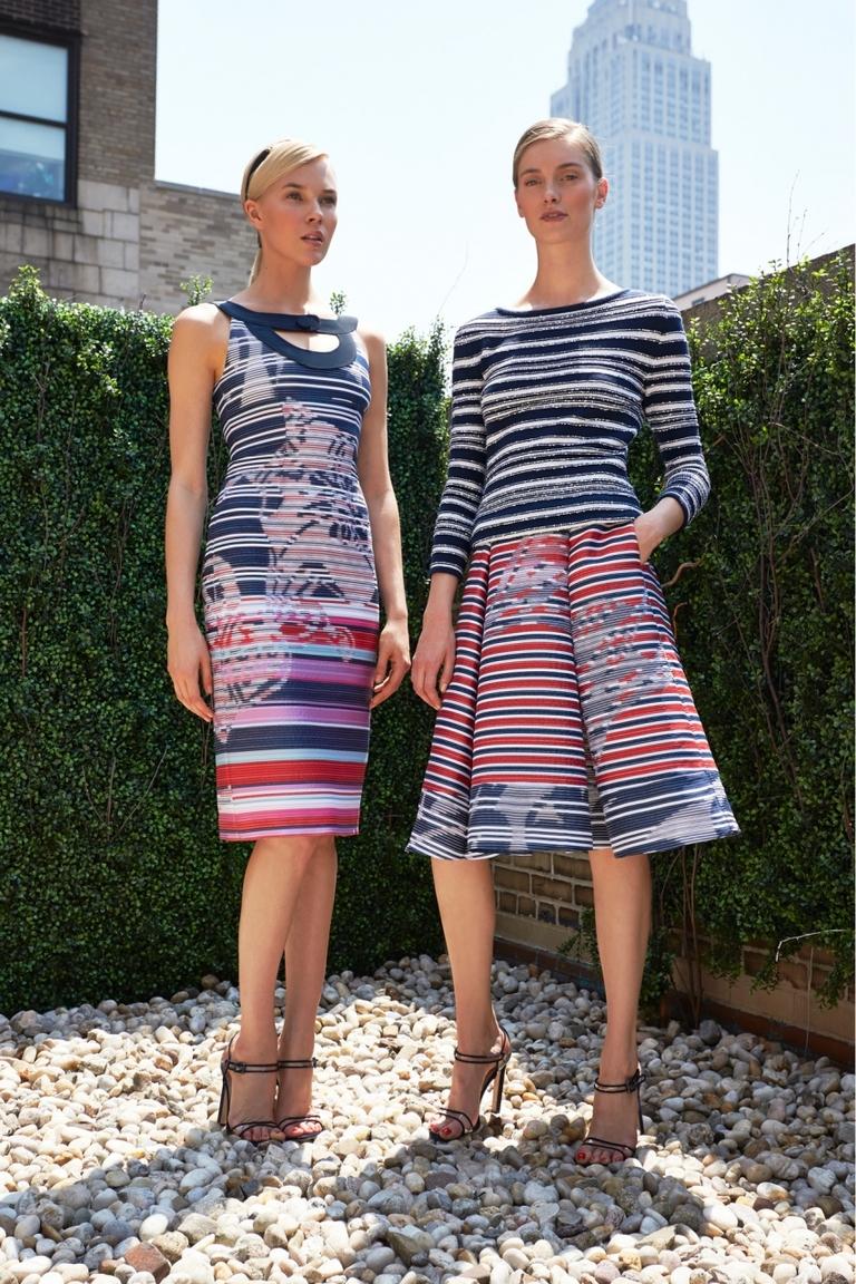 Модный геометрический принт на платье — Carolina Herrera