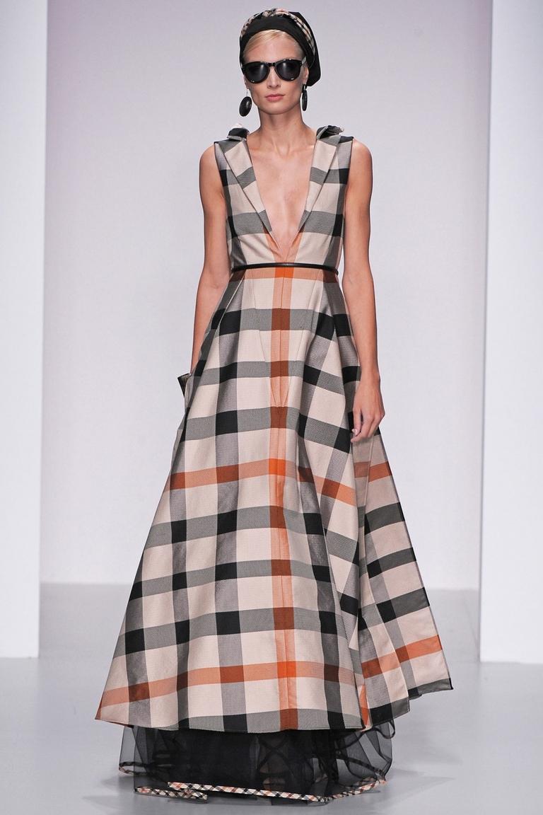 Модное пышное платье в клетку - Daks весна-лето