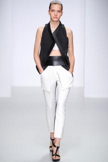 Укороченные брюки 2014 - David Koma