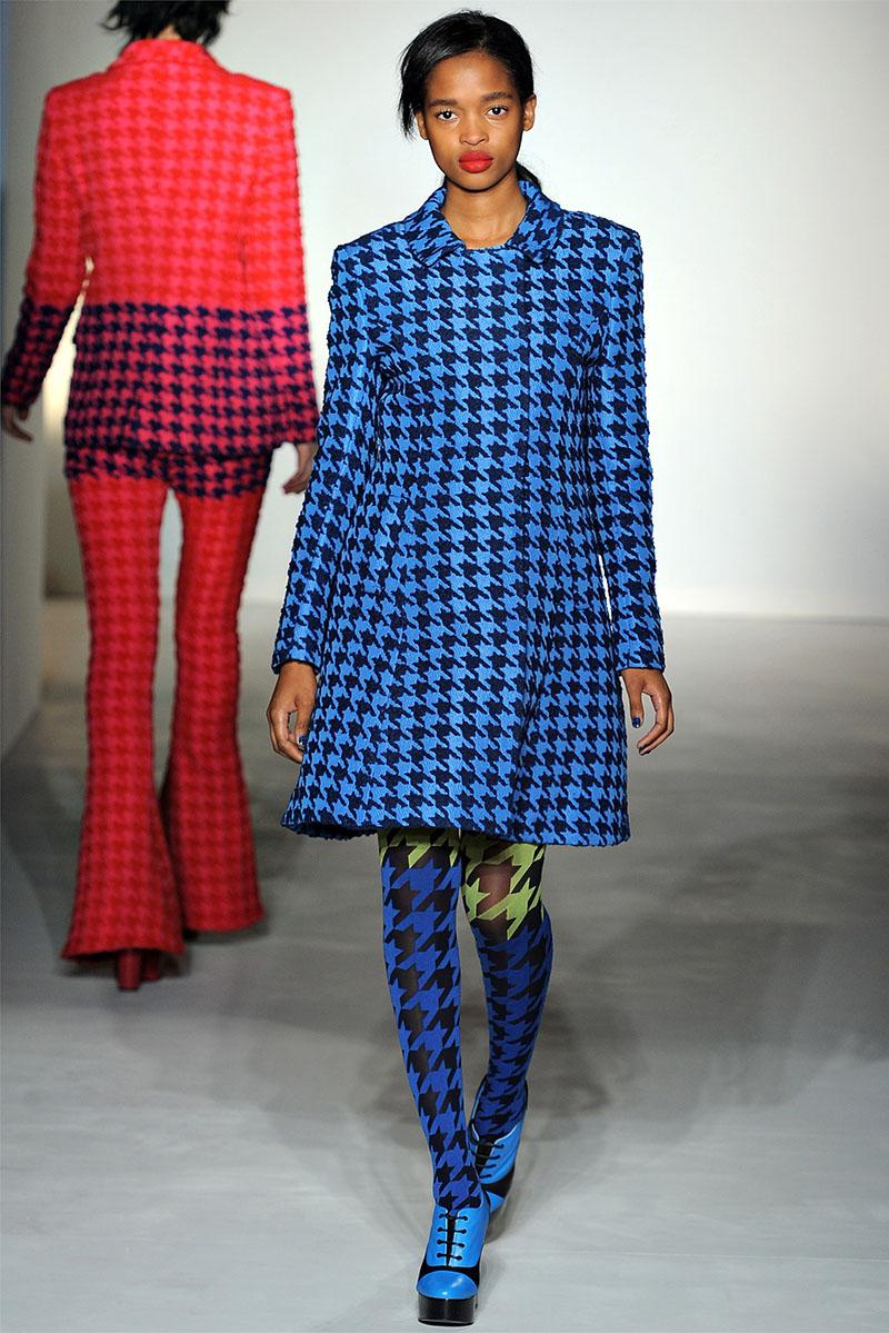 Модное синее пальто в клетку с узором Коко Шанель