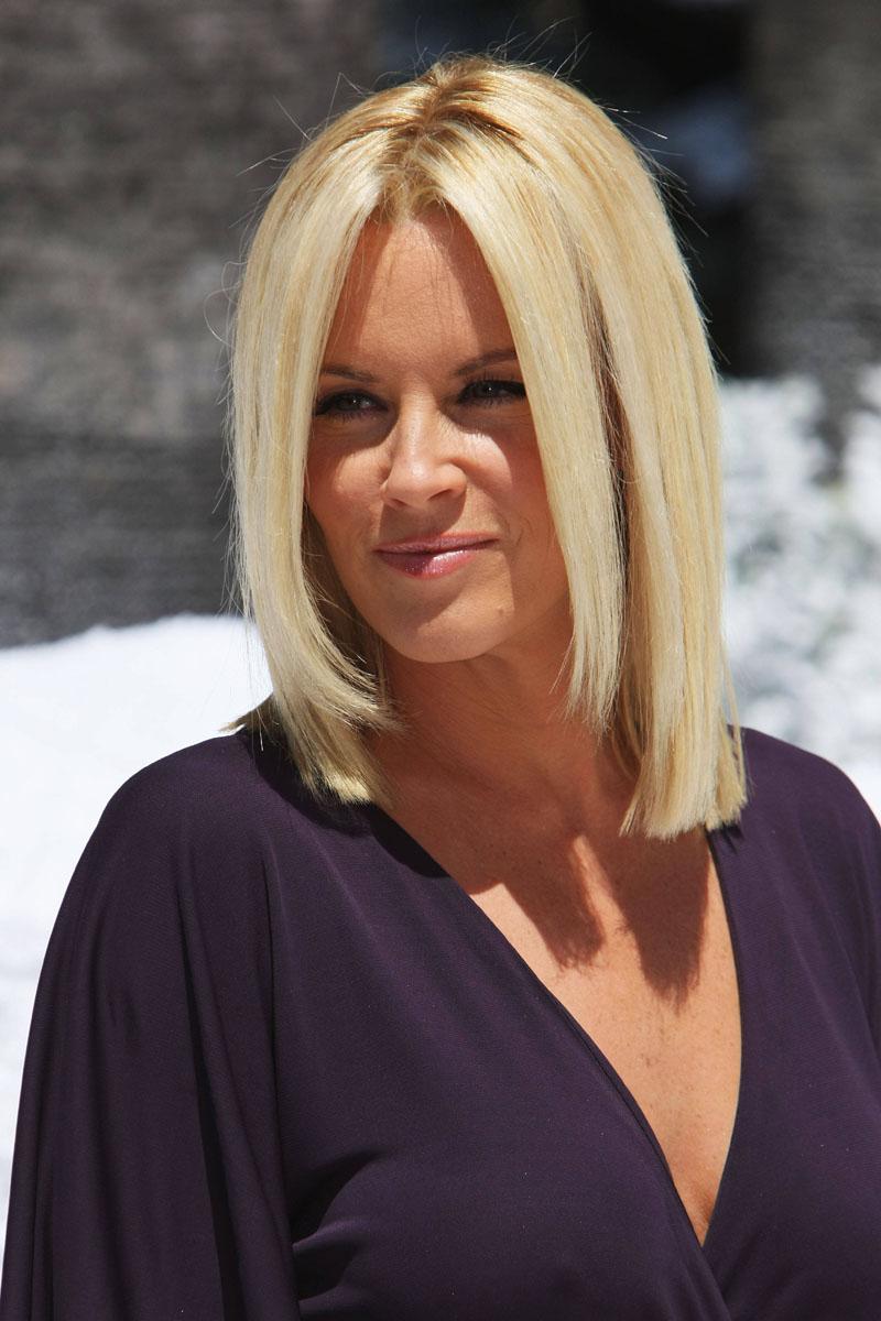 Стрижка на длинные волосы - удлиненный боб - фото новинки сезона