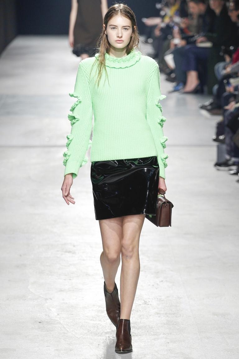 Нежно-зеленая модная кофта 2015 – фото новинка от Christopher Kane