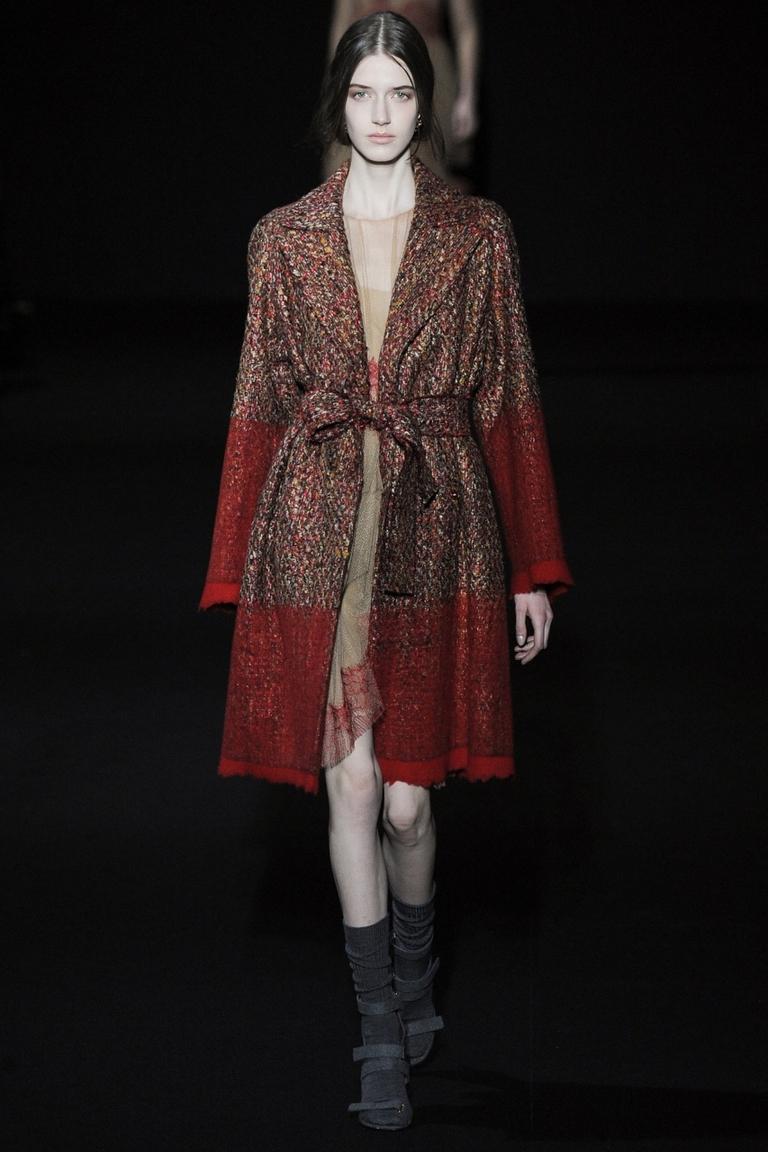 Модное пальто 2015 в стиле калорблокинг – Alberta Ferretti