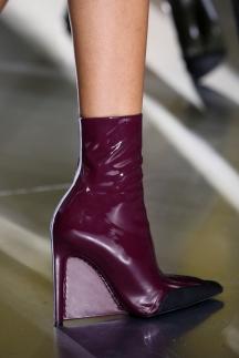Модные бордовые сапоги осень-зима 2014-2015 – Balenciaga