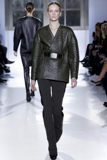 Модные кожаные куртки с широкими плечами осень-зима 2014-2015 – Balenciaga