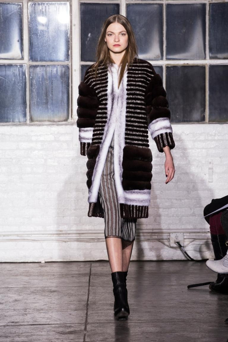 Модное пальто 2015 с мехом – Brandon Sun