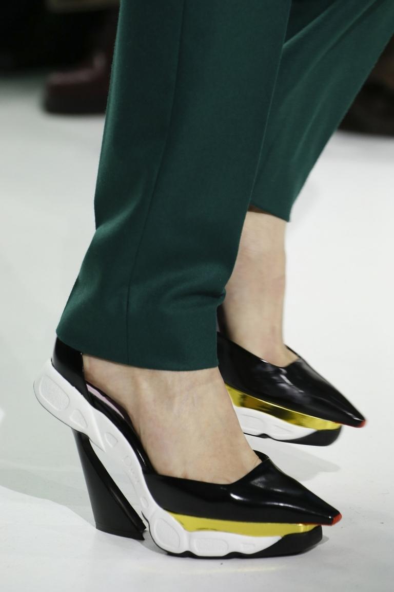 Модные туфли 2015 – фото новинка в коллекции Christian Dior