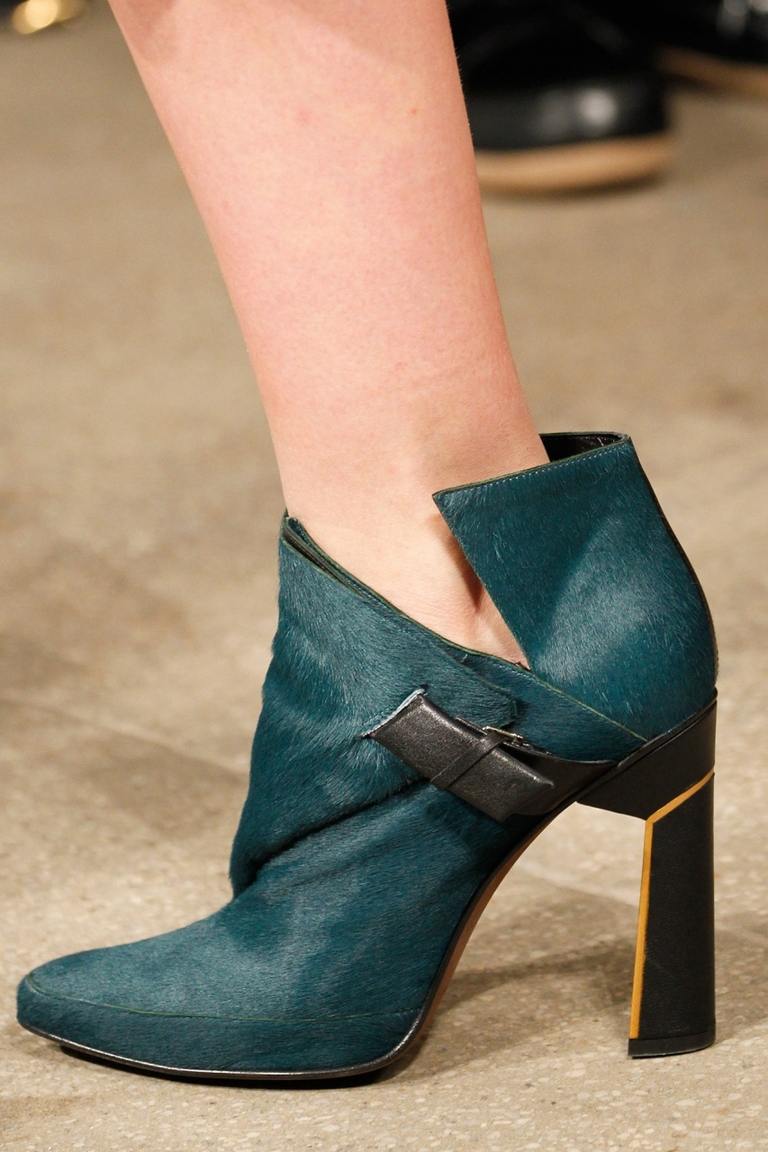 Модные туфли 2015 – фото новинка в коллекции Derek Lam