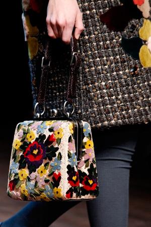 Модная сумка осень-зима 2014-2015 – сумка с цветами - Dolce & Gabbana