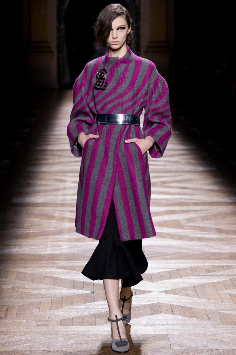Модное пальто 2015 в полоску – Dries Van Noten