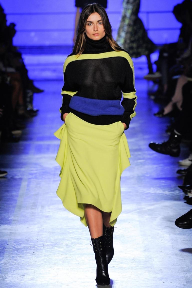 Салатовая модная юбка 2015 – фото новинка в коллекции Emanuel Ungaro