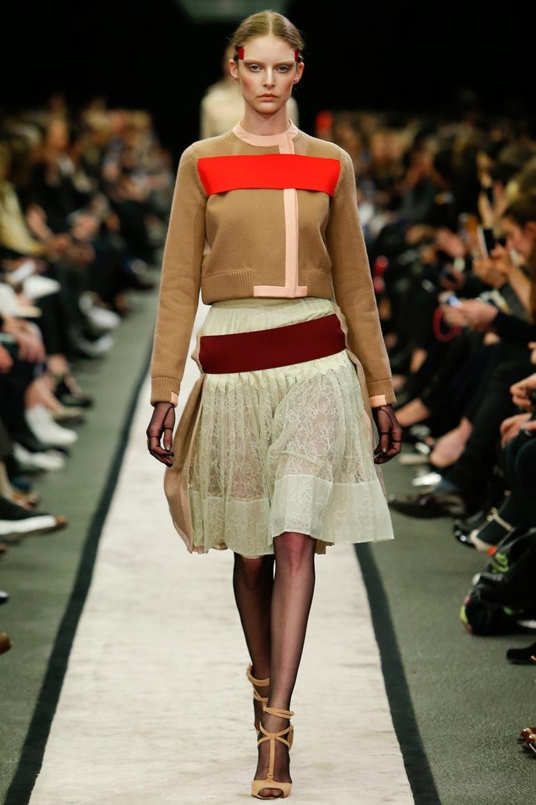 Пышная модная юбка 2015 – фото новинка в коллекции Givenchy