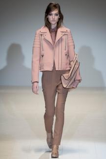 Розовая модная короткая кожаная куртка осень-зима 2014-2015 – Gucci