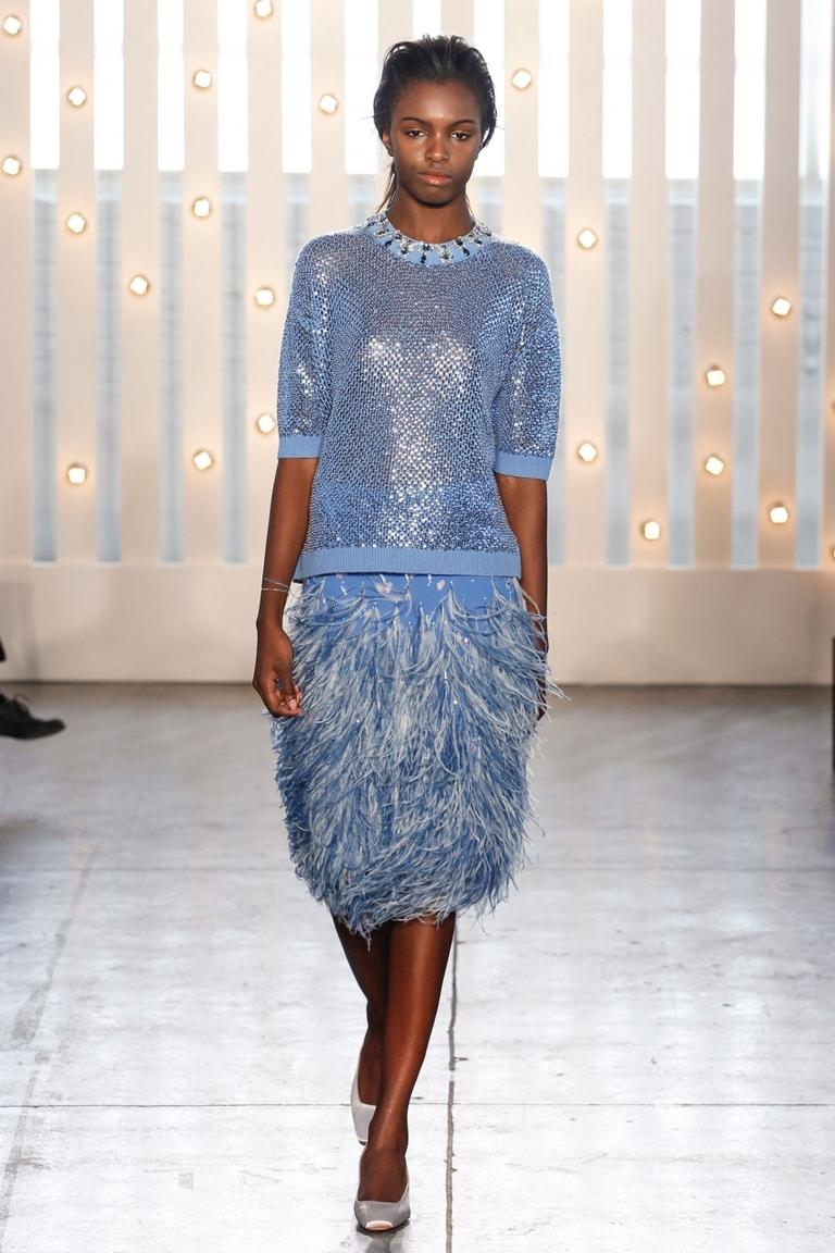Модная юбка 2015 с перьями – фото новинка в коллекции Jenny Packham