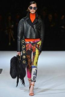 Короткая кожаная куртка осень-зима 2014-2015 – Just Cavalli