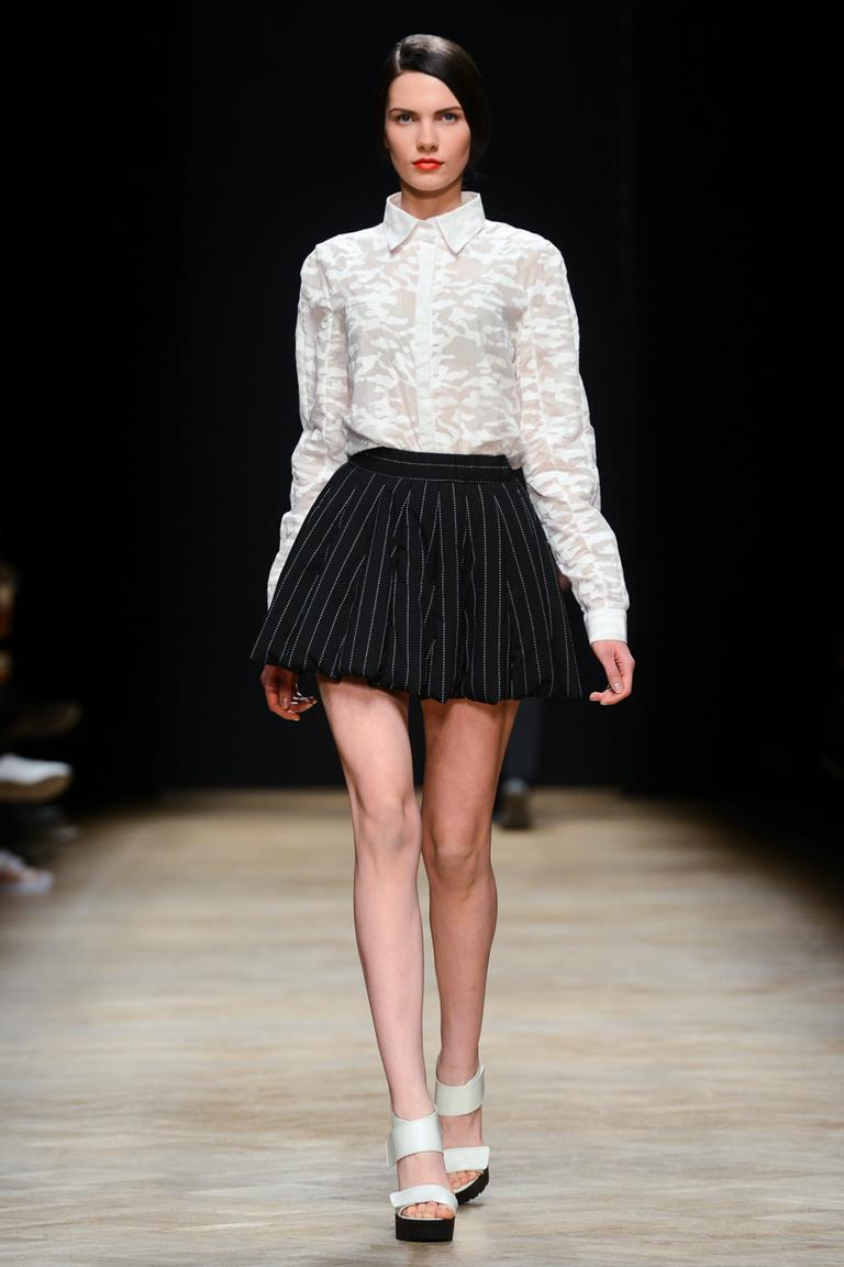 Модная рубашка 2015 с длинным рукавом в сочетании с пышной юбкой – Ksenia Schnaider