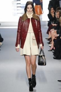 Модная кожаная куртка с меховым воротником – Louis Vuitton