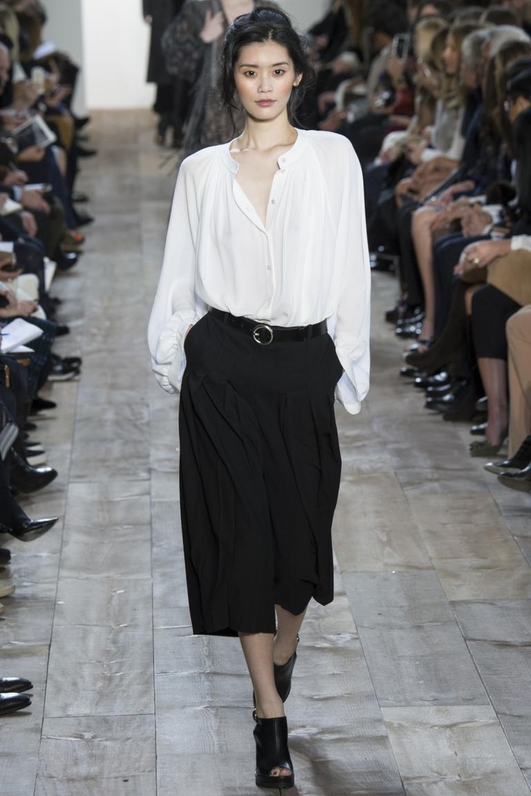 Модная белая рубашка 2015 – фото новинка от Michael Kors