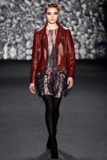 Красная короткая кожаная куртка осень-зима 2014-2015 – Nicole Miller