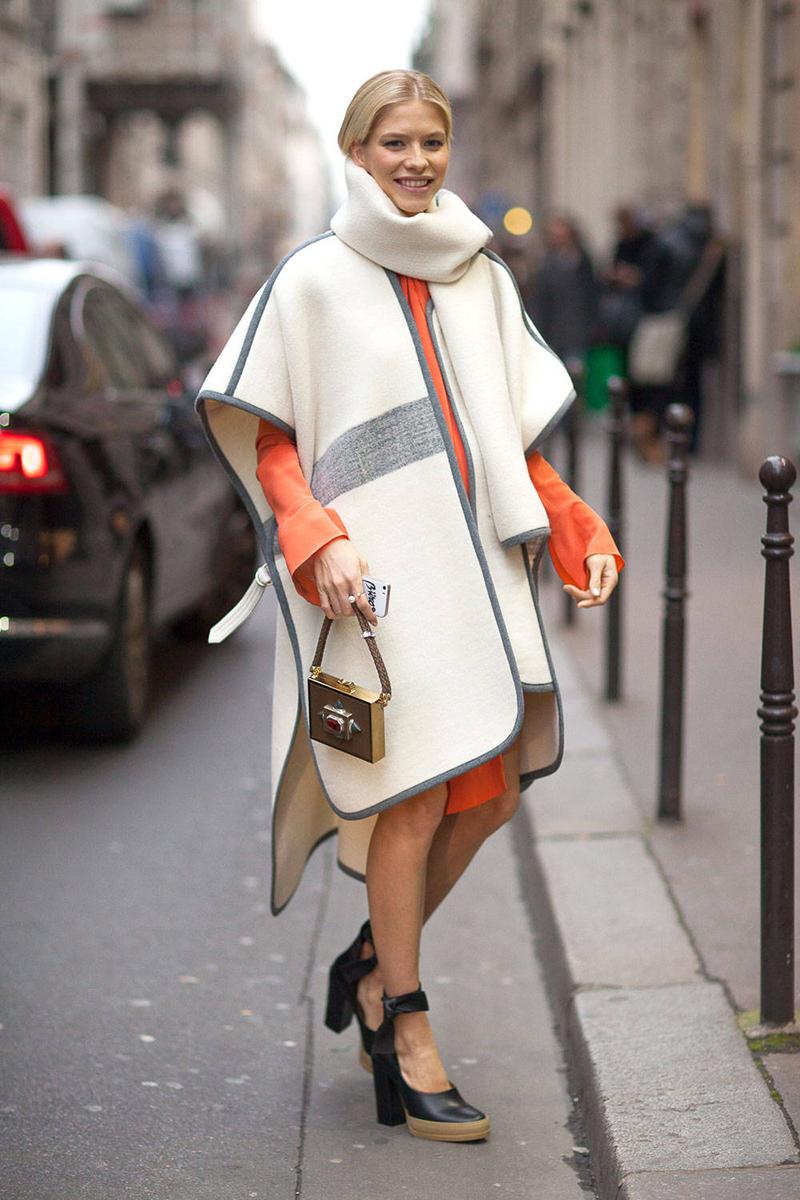 Модное пальто пончо - фото новинки сезона