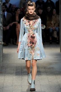 Голубое модное платье осень-зима 2014-2015 – Antonio Marras