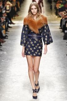 Модное платье с мехом осень-зима 2014-2015 – Blumarine