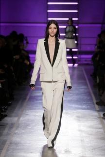 Белый модный пиджак осень-зима 2014-2015 – Irfe