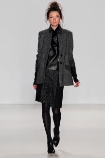 Модный пиджак серого цвета осень-зима 2014-2015 Marissa Webb