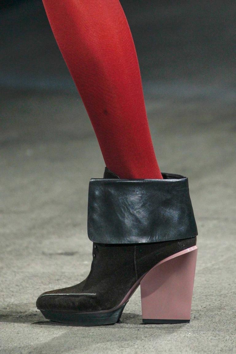 Модные сапоги на низком каблуке 2015 – Phillip Lim