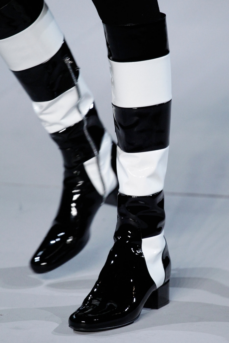 Модные полосатые сапоги 2015 – фото коллекция Saint Laurent