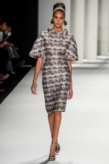 На фото модное платье 2015 в стиле ретро