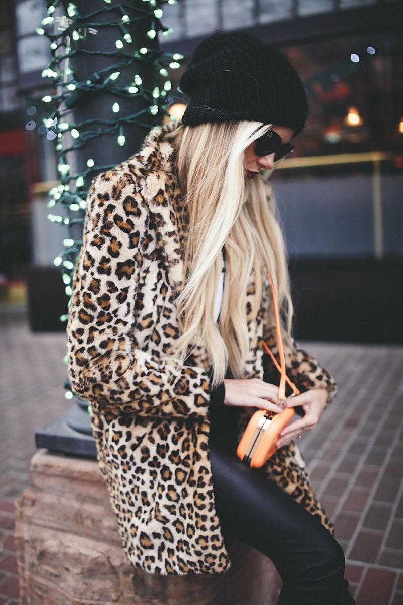 Модная женская шапка – фото новинка сезона